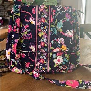 Vera Bradley mailbag/messenger style crossbody